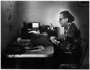 Charles Bukowski at his typewriter in 1988. (Photo by Joan Levine Gannij)